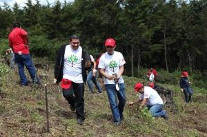 voluntarios de Coca-Cola FEMSA realizaron una jornada de reforestación
