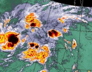 Lluvias continuarán hoy y principios de la semana para disturbios en el Pacífico y el Caribe.