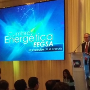 Cumbre energética EEGSA