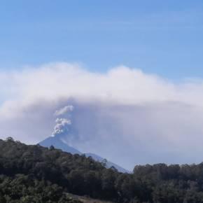 Continúa la actividad eruptiva del Volcán dePacaya